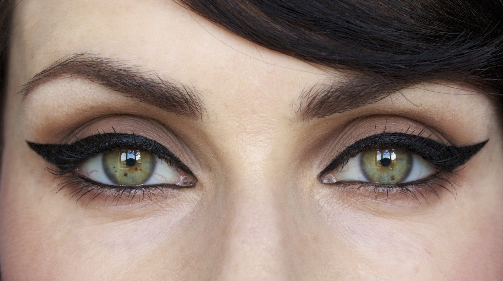 How To: Perfect Winged Eyeliner Like Pro