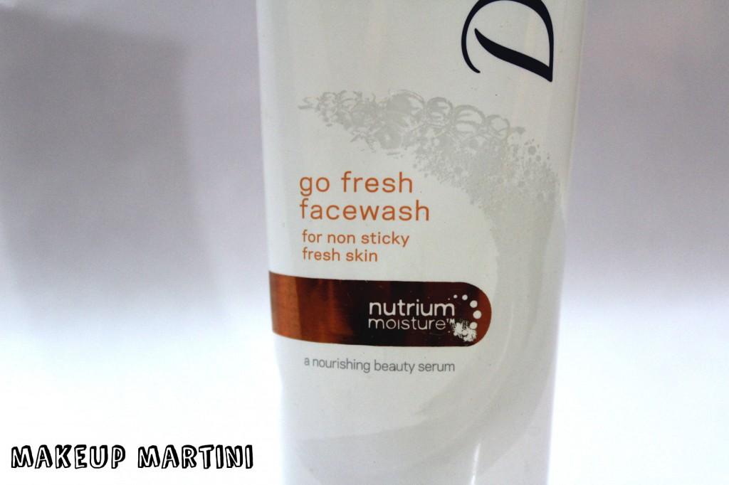 Dove Go Fresh Nutrium Moisture Face Wash Review