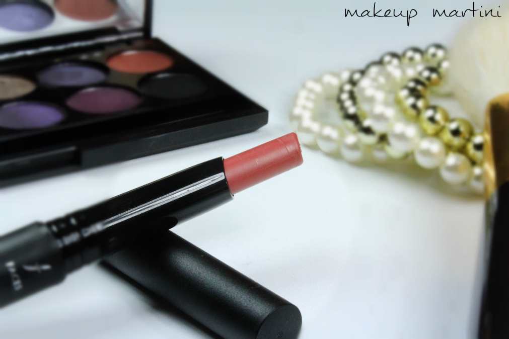 Faces Ultime Pro Long Wear Matte Lipstick In Peach Blush