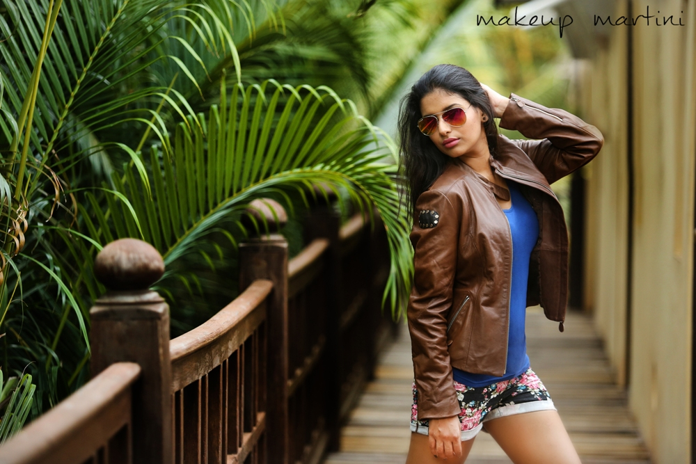 How To Wear Leather Jacket With Stylee