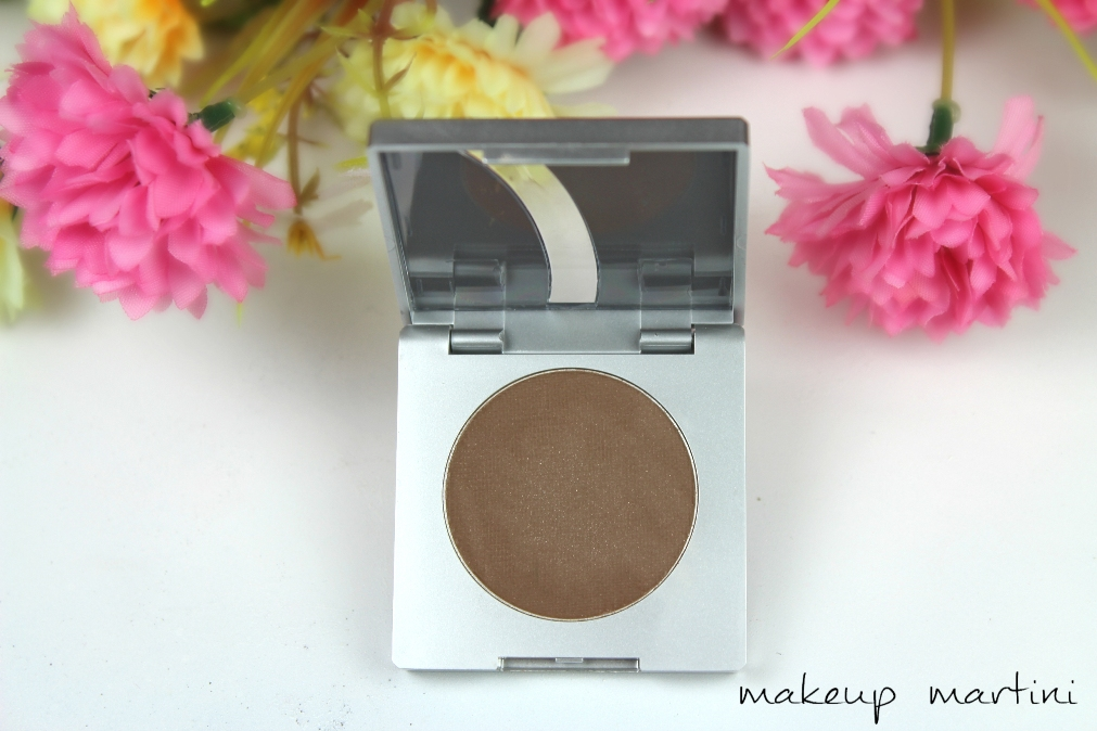 Kryolan Eyebrow Powder Review & Swatches