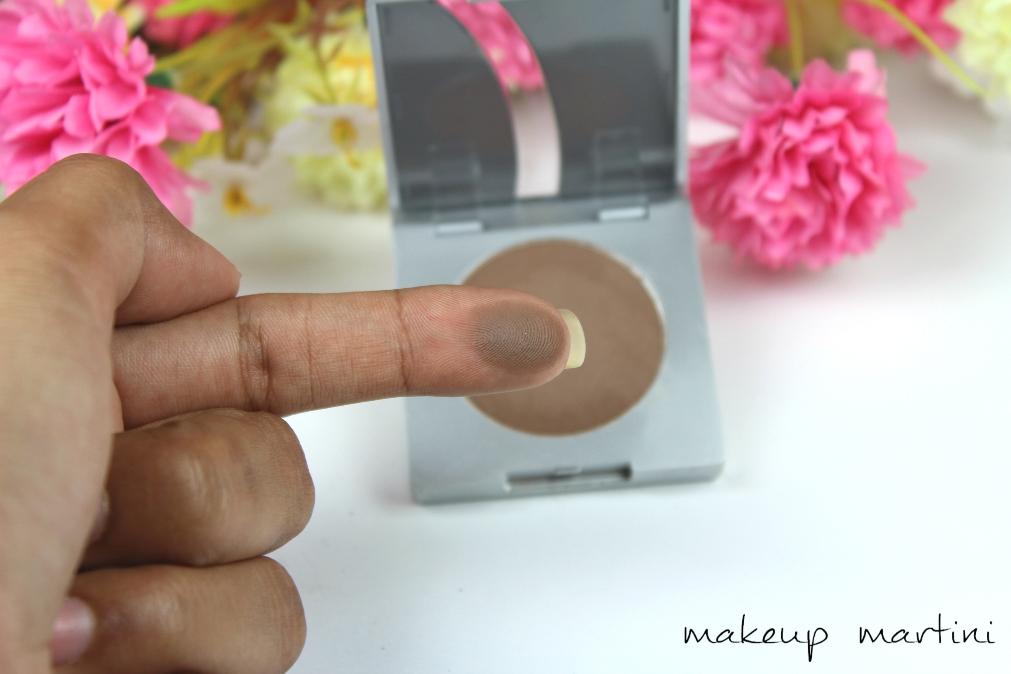 Kryolan Eyebrow Powder Review & Swatchess