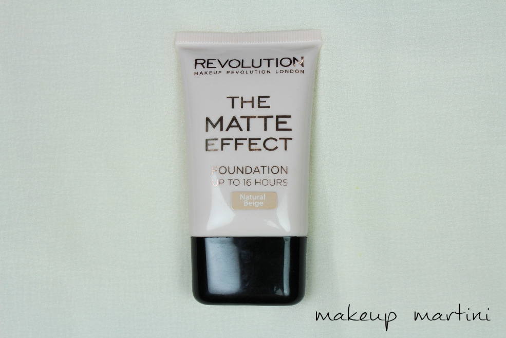 Makeup Revolution London The Matte Effect Foundation Review (2)