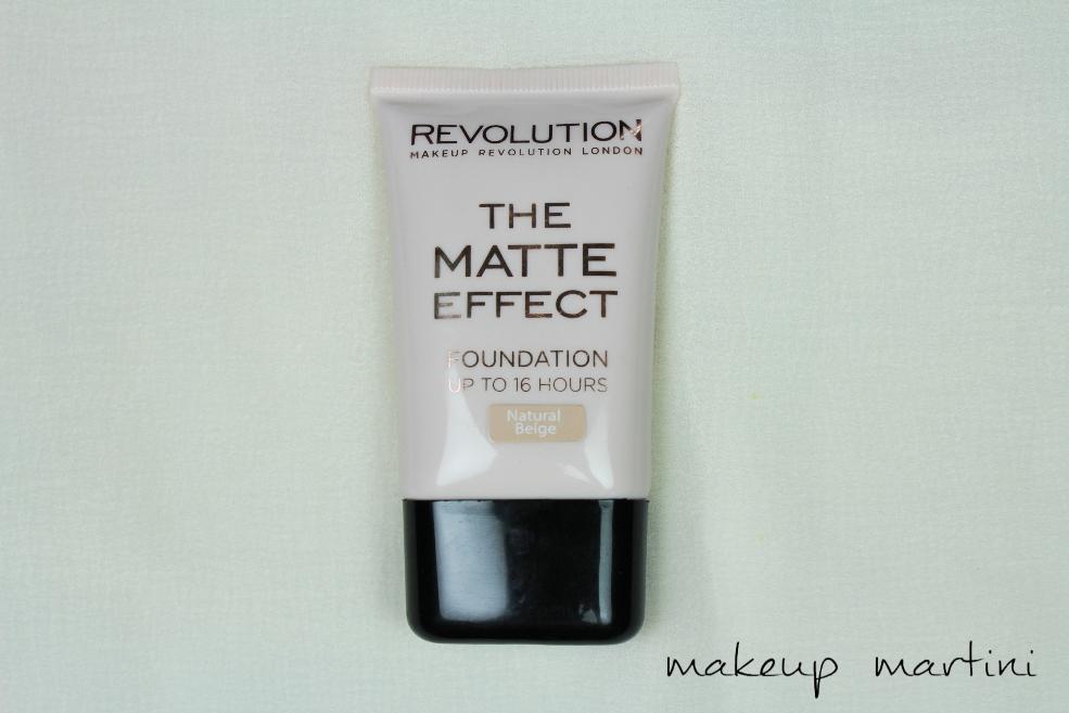 Makeup Revolution London The Matte Effect Foundation Review (2)