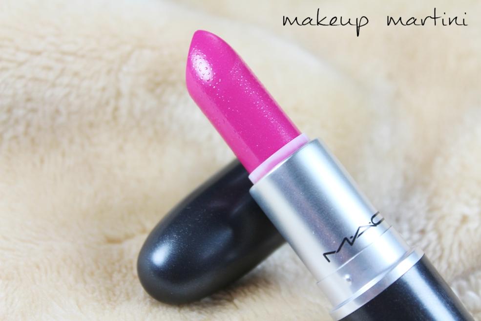 Popular MAC Lipsticks - MAC Girl About Town Lipstick