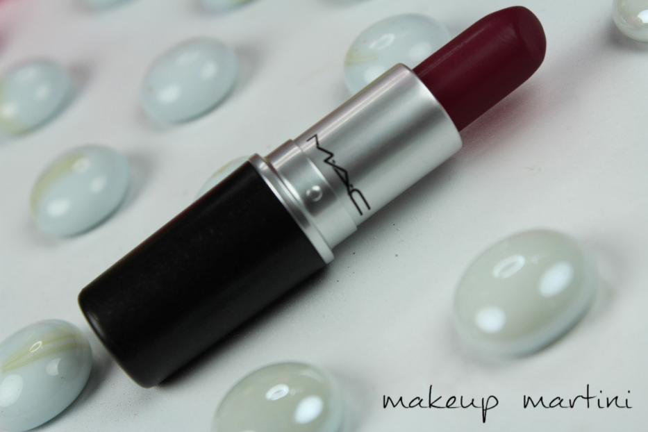 MAC Diva Lipstick Review  (3)