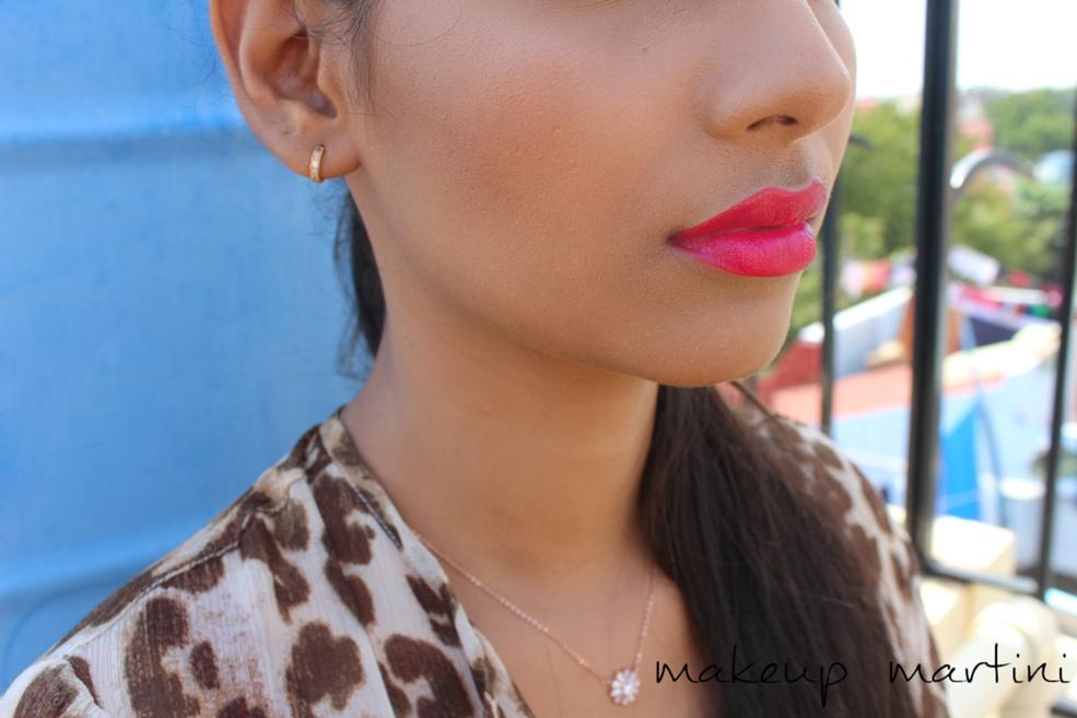 MAC La Vie En Rouge Lip Swatch