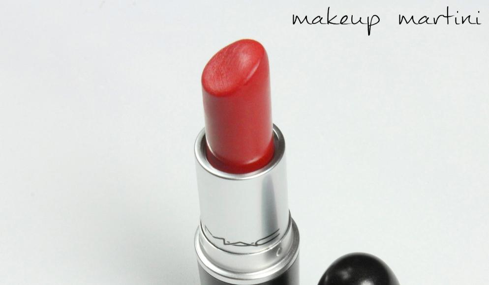 MAC MAC Red Lipstick Review (4)