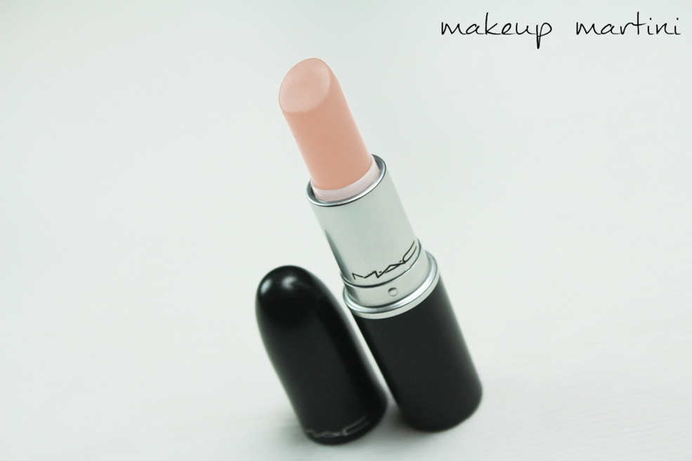 MAC Myth Lipstick Review (4)