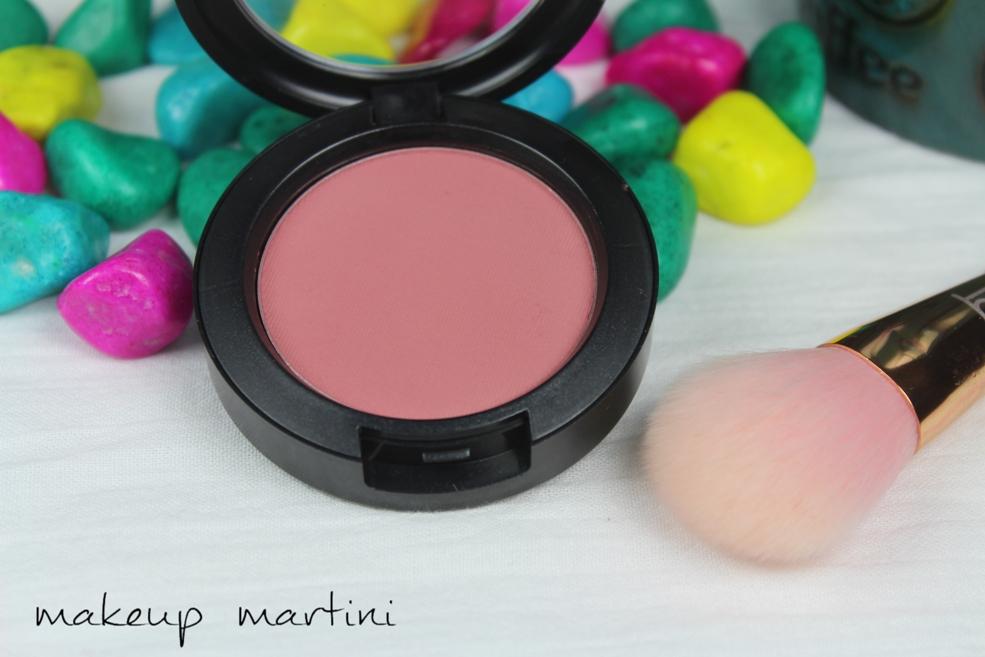 MAC Desert Rose Blush Review (3)
