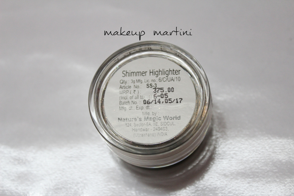 Coloressence Shimmer Highlighter Price in India