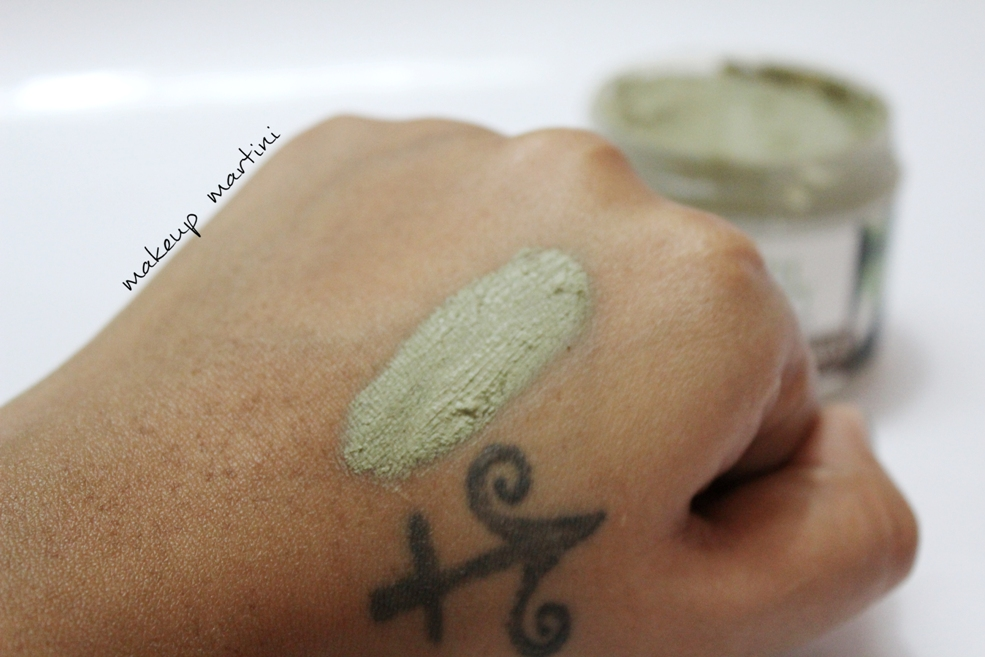 Earth Therapy Mineral Mud Pack Swatch