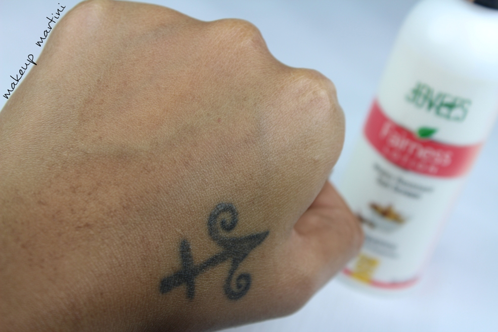 Jovees Sunscreen and Fairness Lotion SPF 25 Swatch after blending