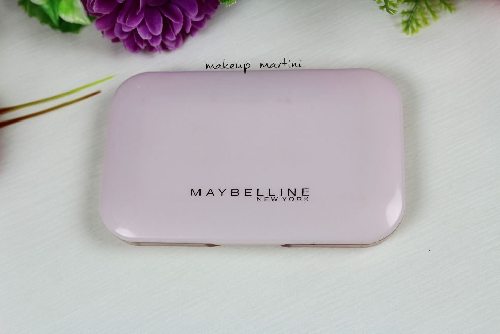 Maybelline Clear Glow Compact Powder