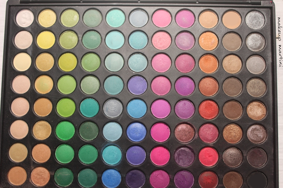 88 Eyeshadow Coastal Scents Palette
