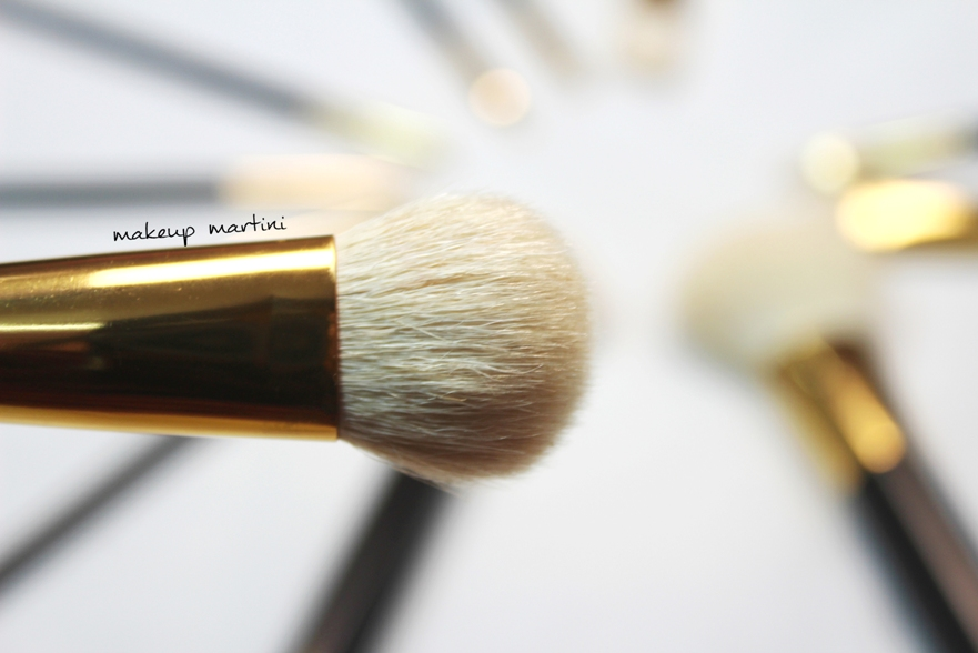 Jessup Cream Foundation Brush 02
