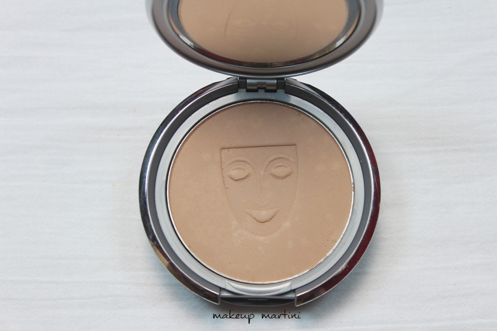 dual finishing powder kryolan review