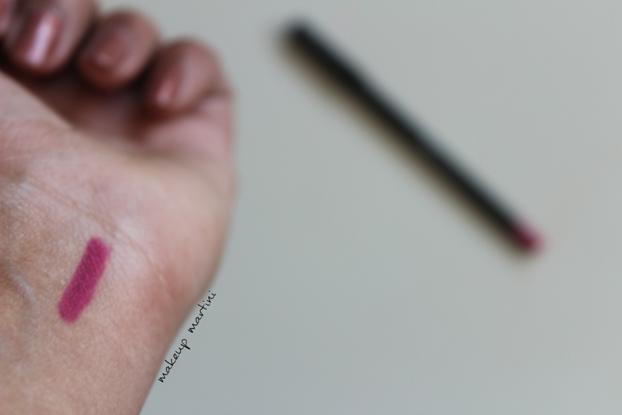 BH Cosmetics Fuchsia Waterproof Lip Liner review and swatch