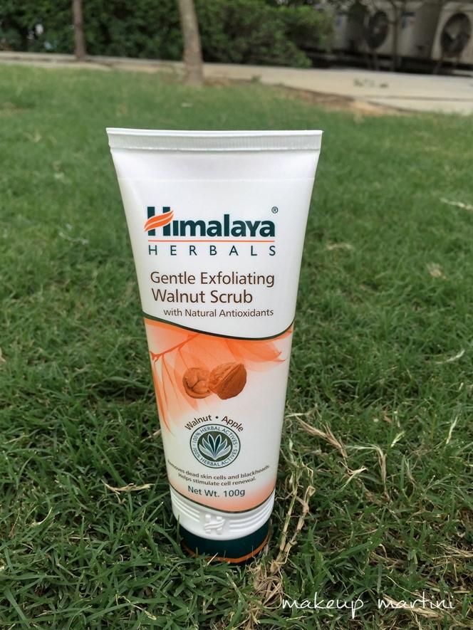 Himalaya Herbal Walnut Scrub Review