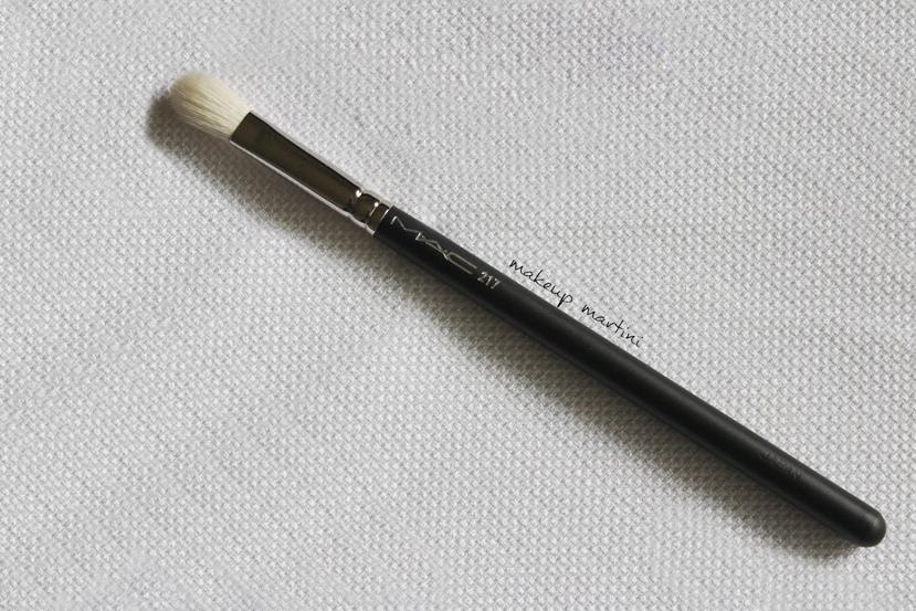 MAC 217 Blending Brush Review