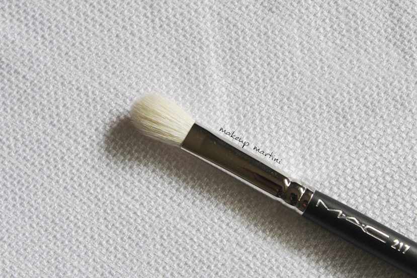 MAC Blending Brush 217 Review