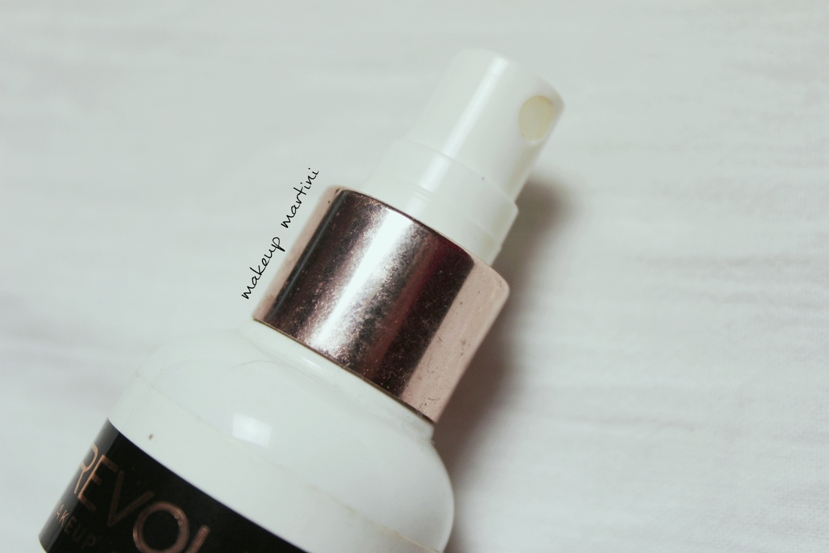 Makeup Revolution Fixing Spray review