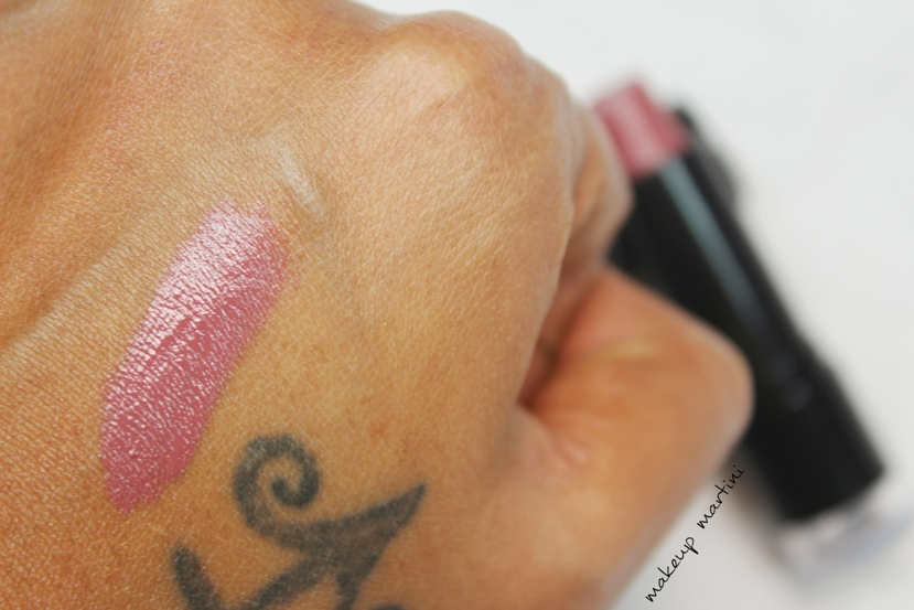 NYX Round Lipstick Milan 621 swatch and review