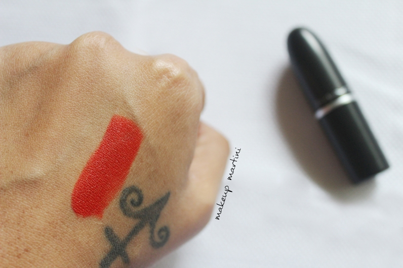 mac so chaud lipstick review and swatch
