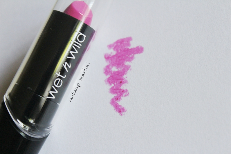 wet n wild nouveau pink lipstick review and swatch