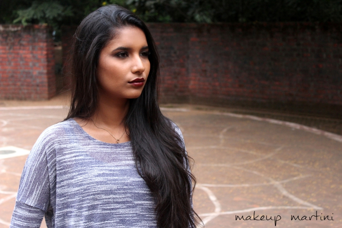 Grungy Makeup With Dark Lip