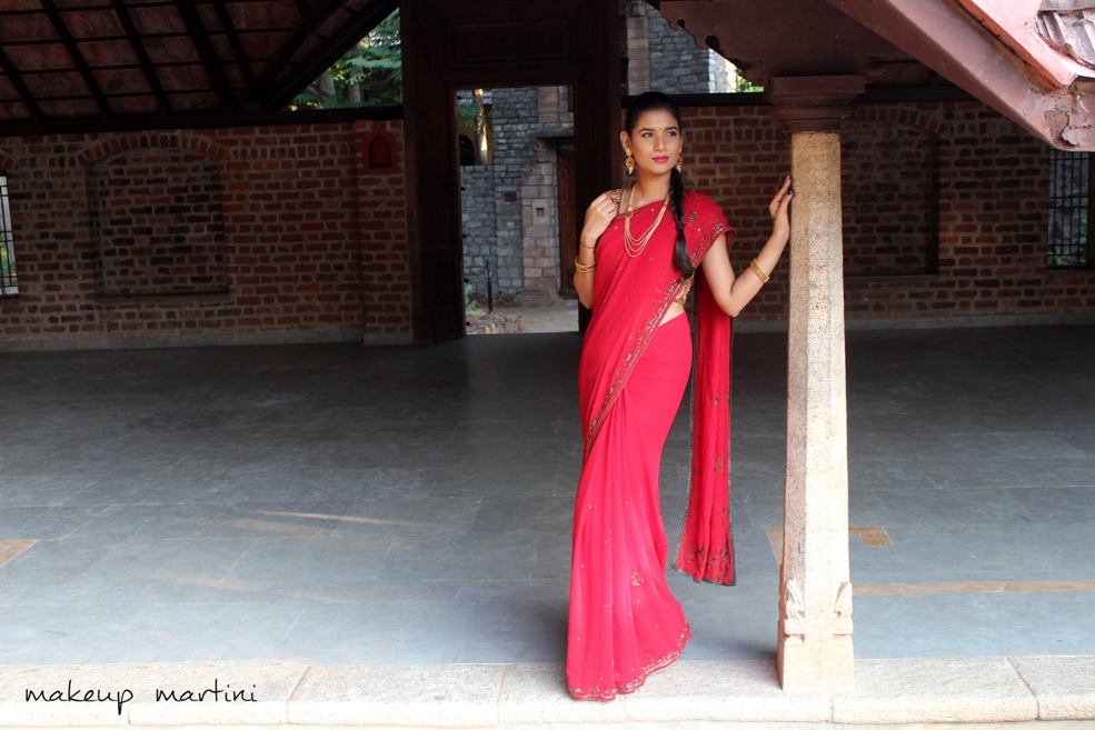 How To Style Traditional Indian Saree For Festivals