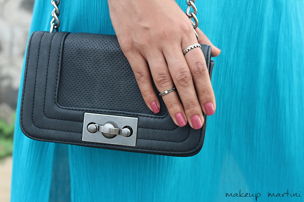 Styling Crossbody Bag With Maxi Dress