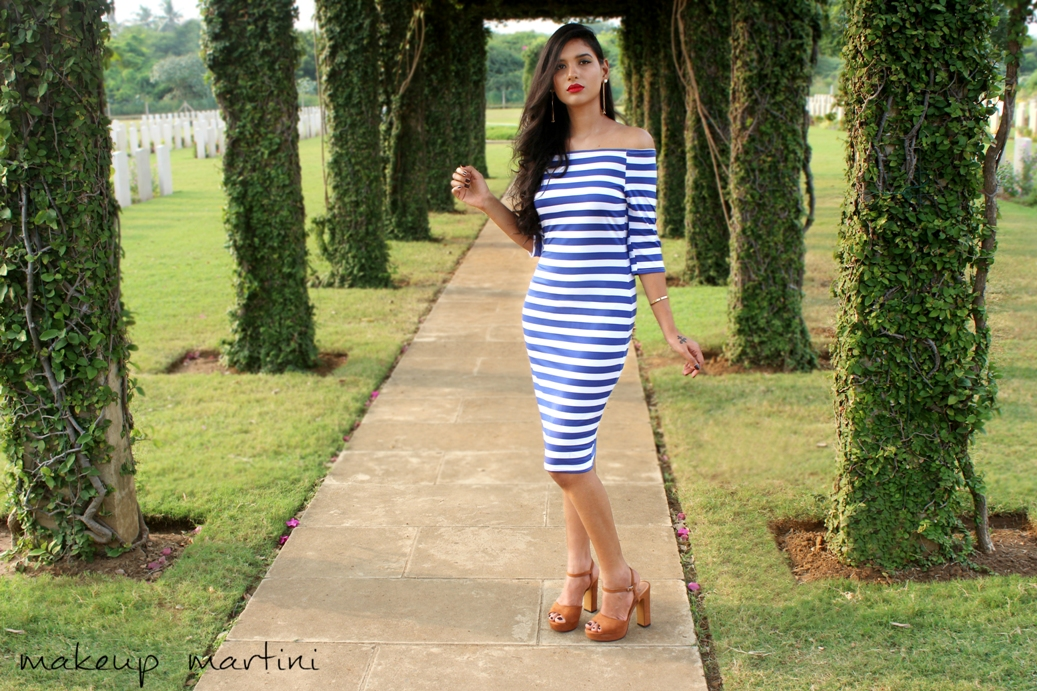 Striped Bardot Bodycon Dress with Retro Pin-up Look