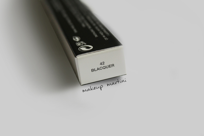 Marc Jacobs Blacquer Highliner Review and Swatch