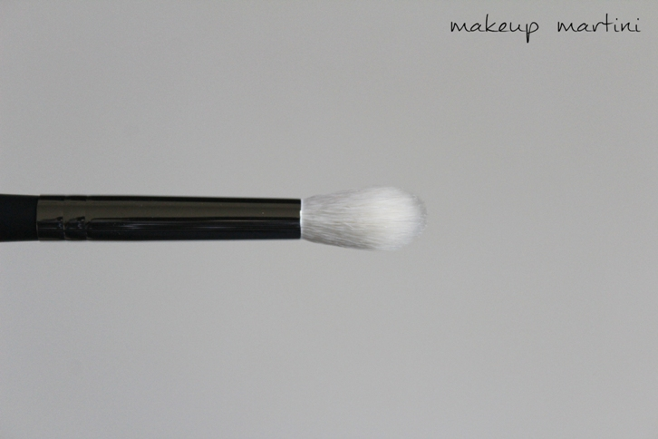 Morphe M441 Pro Firm Blending Brush Review