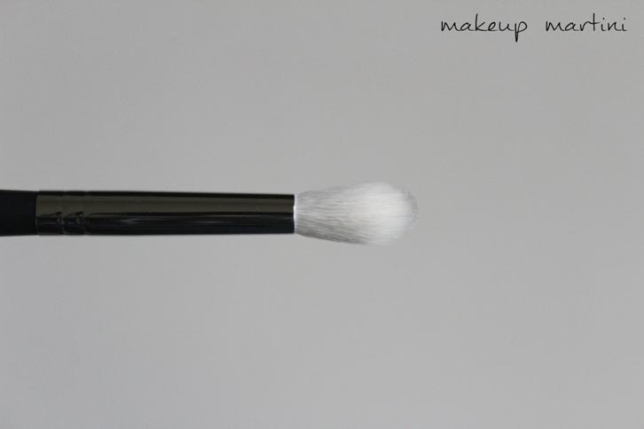 Morphe M441 Pro Firm Blending Brush Review