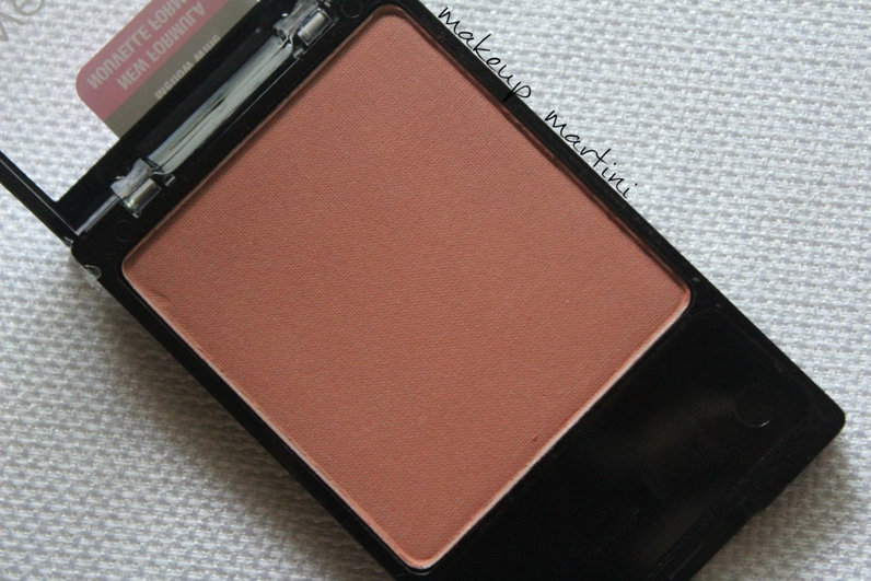 Wet n Wild Color Icon Blush Mellow Wine Review and Swatch