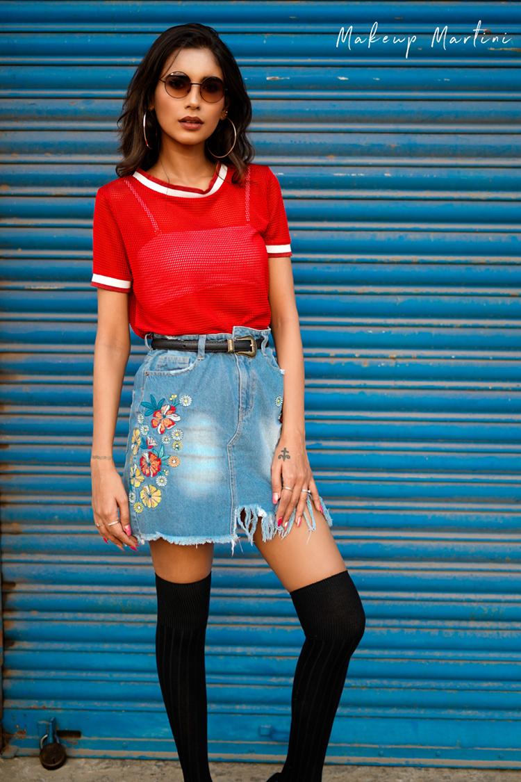 Styling An Oversized Denim Skirt