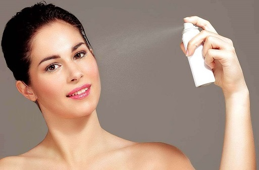 How To Use Makeup Setting Spray